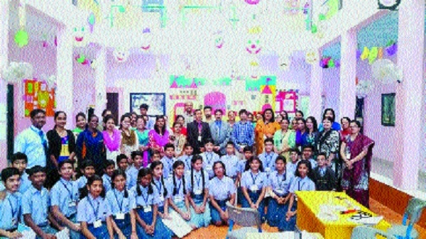 Podar World School