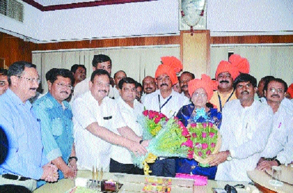 Amravati, Akola get new Mayors