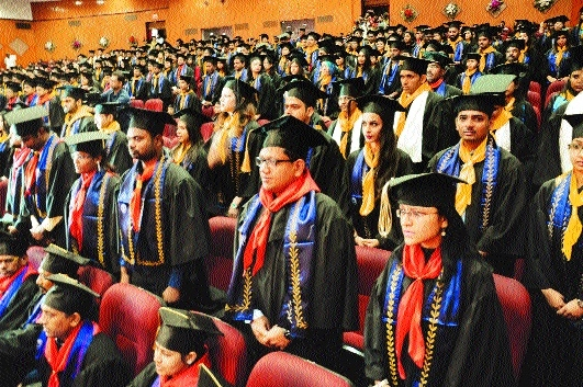 'Students must focus on research and contribute to nation's growth'