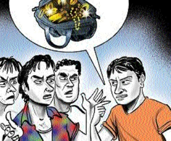9 arrested for theft in trains, booty worth Rs 4.22 lakh seized