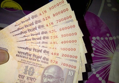 Govt approves printing of Rs 10 plastic notes