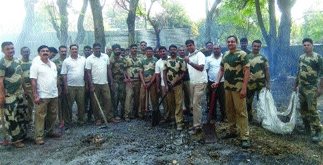 BSF personnel spread message of cleanliness