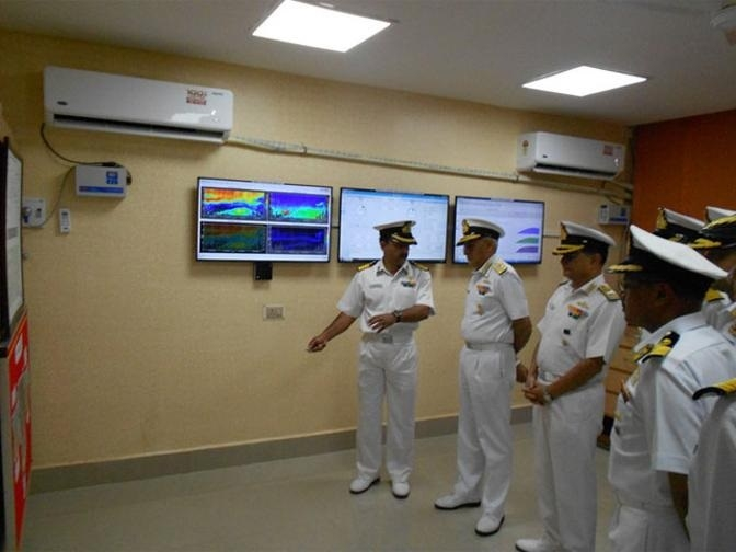 Navy gets new weather monitoring system