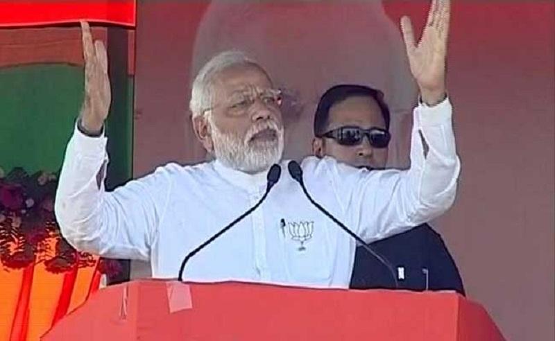 SP-Congress chanting Gayatri Prajapati Mantra, says Modi