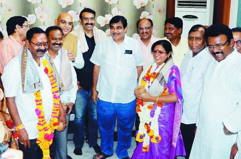 Nanda Jichkar elected 52nd Mayor; Deepraj Pardikar is Dy Mayor