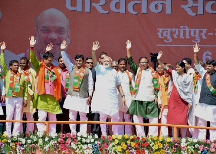 Modi makes impassioned plea to Uttar Pradesh voters at final rally