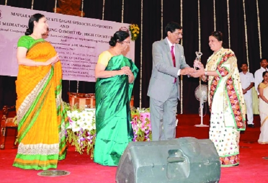 Charalwar gets Best Trained Advocate Mediator Award