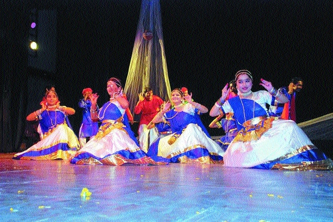 Folk dances to be performed at Ravindra Bhawan on 10th