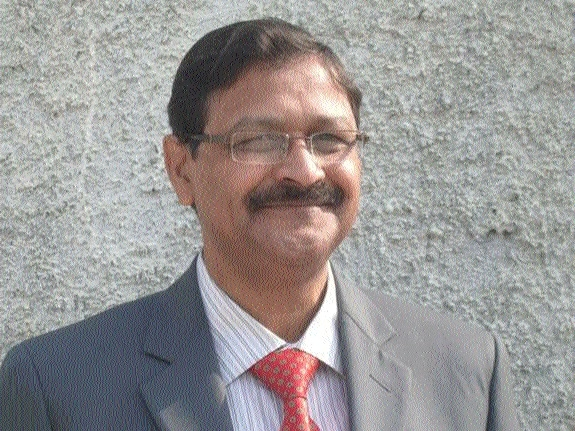IIM Raipur welcomes new Director, Prof Bharat Bhasker