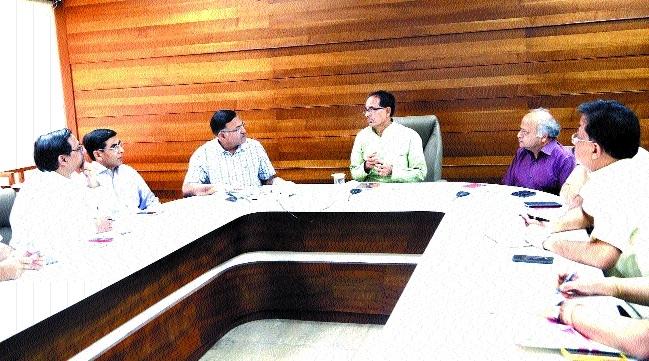 CM reviews preparations for Modi's proposed Amarkantak yatra