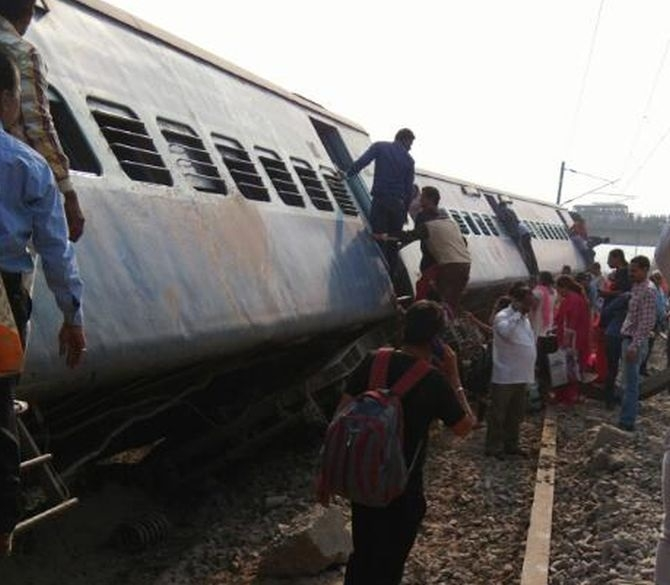 Sabotage suspected as 8 coaches of Rajya Rani Express derail