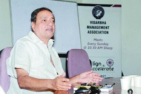 Build right team to achieve success, says Vilas Kale