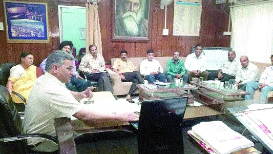 VC of RDVV holds meet with technical officers