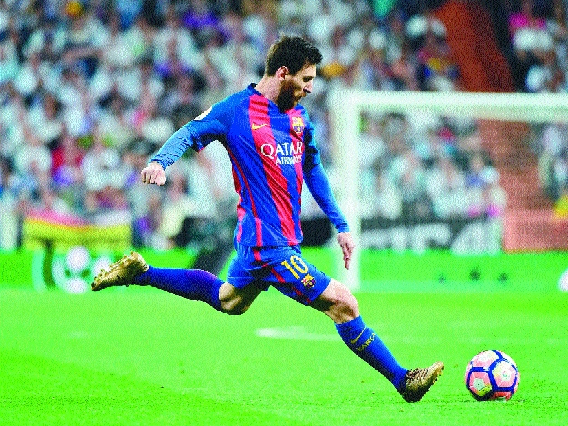 Messi's 500th Barca goal sinks Real Madrid in thriller