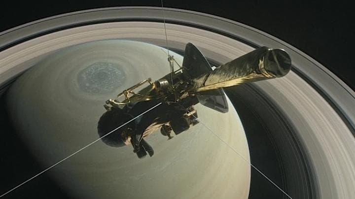NASA craft dives between Saturn and its rings