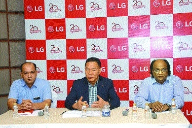 LG celebrates 20 yrs in India with offers