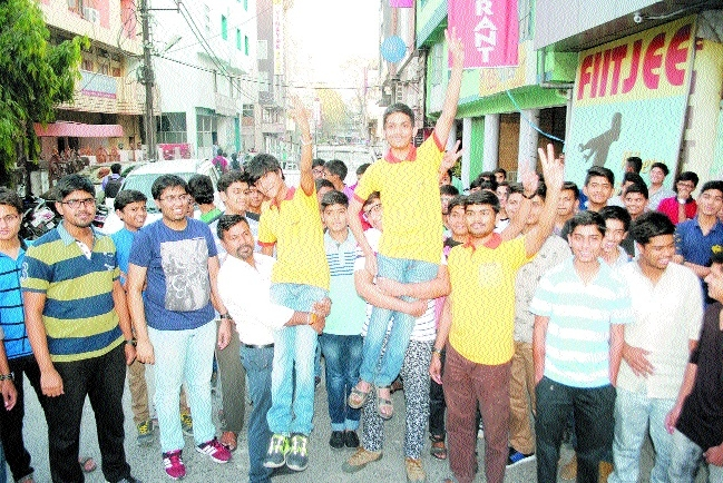 JEE Main results out, Indore boy bags AIR 10