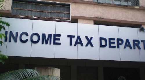 I-T raids on shell companies continue