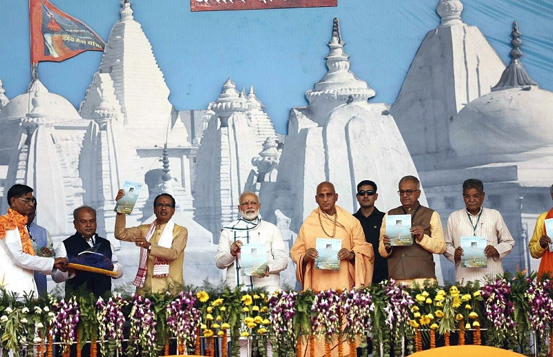 CM presents Narmada action plan to PM Modi