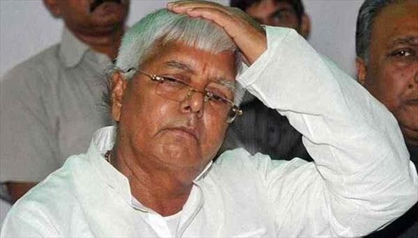 I-T raids on at least 22 locations on charges of alleged benami deals worth Rs 1,000 crore linked to RJD chief Lalu Prasad