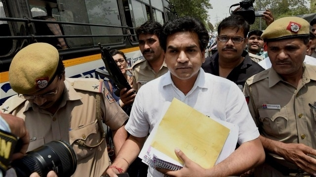 Mishra moves CBI with 'proof' against Kejriwal