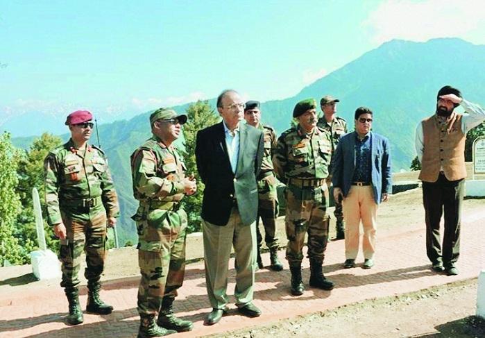 Jaitley warns Pak of adequate response to ceasefire violation
