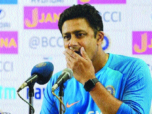 No auto extension for Kumble as BCCI invites applications