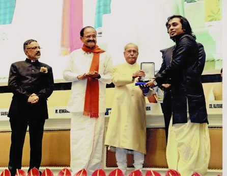 Prantik Deshmukh receives national award