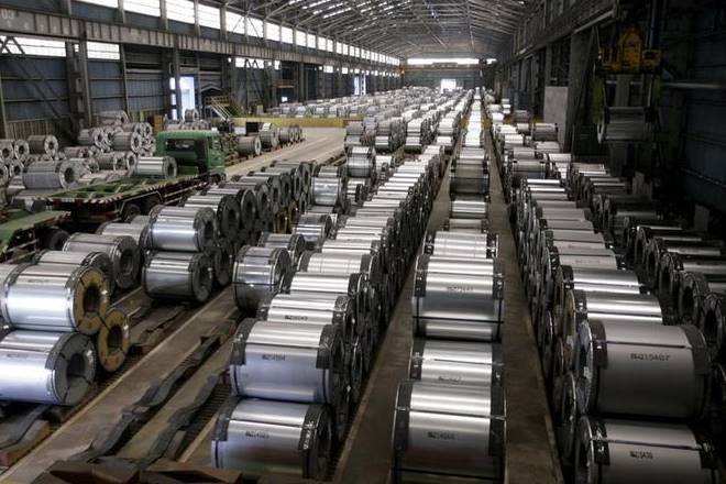 India's crude steel output rises 5%  to 8 MT in April