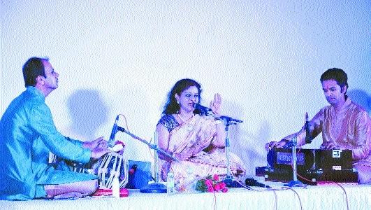 Vocalist Saniya Patankar regales connoisseurs at Brahmanaad