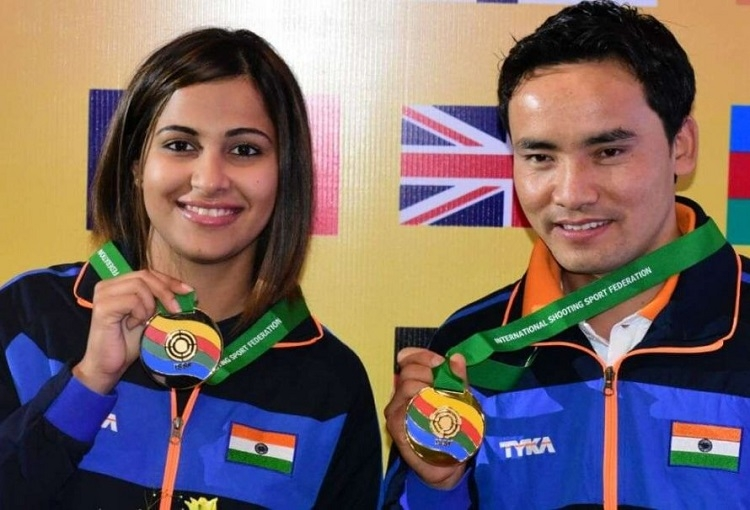 Jitu-Heena pair pockets gold