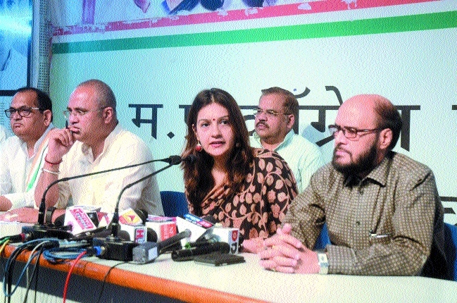 Centre backtracked on every promise: Priyanka
