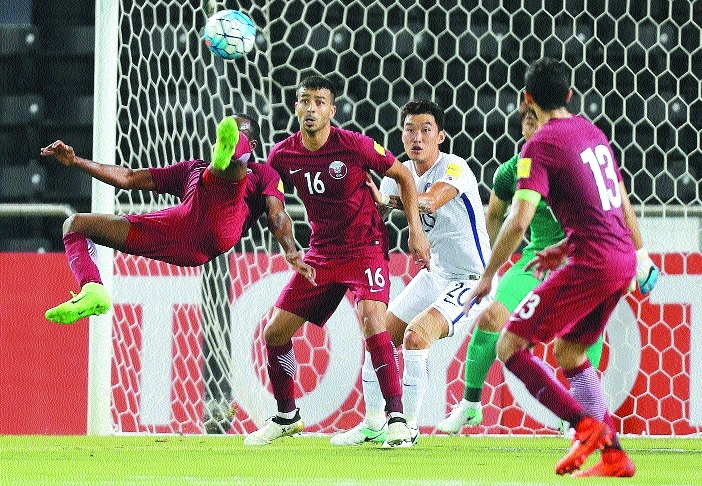 Qatar keep World Cup hopes alive