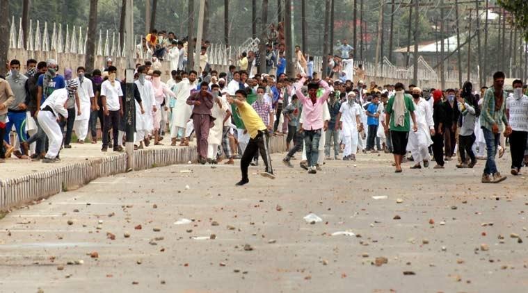 Stone pelting, clashes in Kashmir on Eid