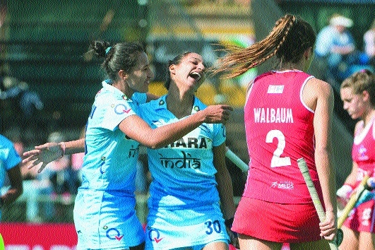 Indian women enter quarters