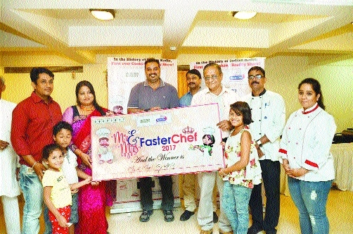 Radio City 91.1 FM holds cooking show