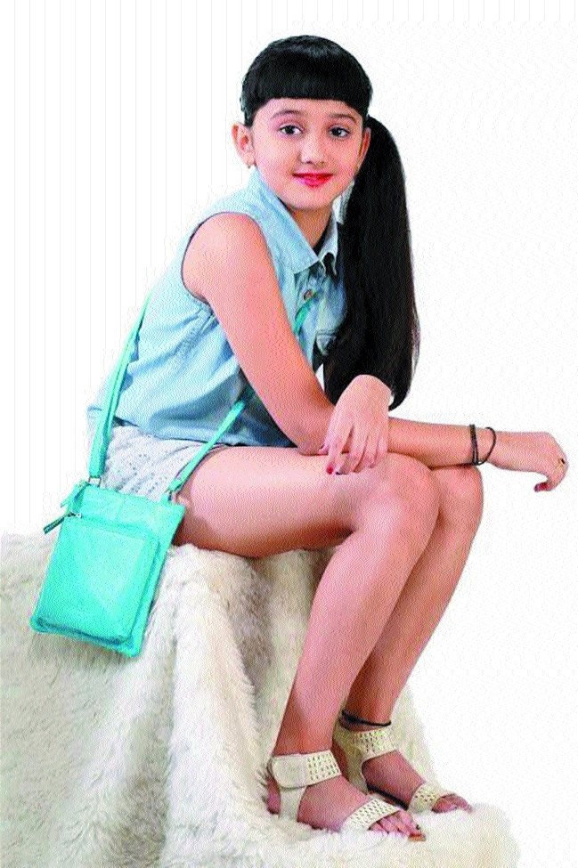 Badminton superstar Tanishka grabs prestigious modelling assignment