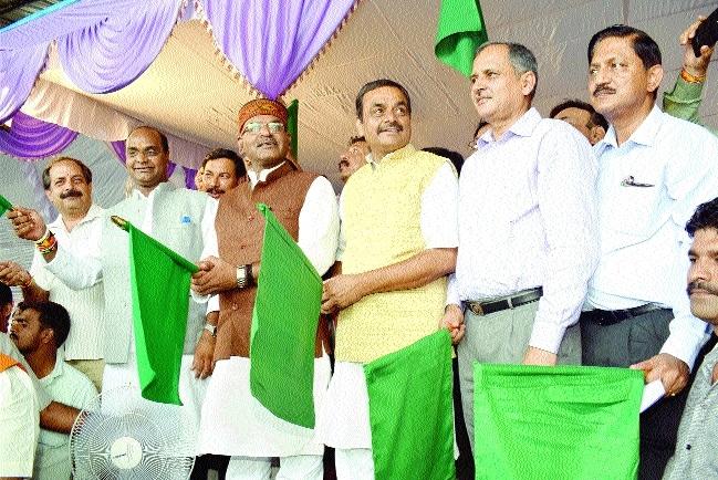 Bhopal-Khajuraho Express flagged off