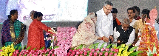 CM inaugurates 6 Navodaya Schools