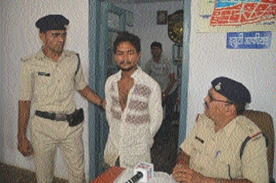 Omti cops nab one of 2 accused in murder case