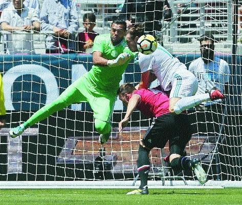 Man United down Real Madrid on penalties