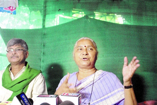 Medha Patkar to sit on fast from 27th