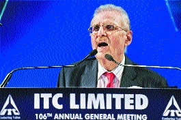 ITC eyes Rs 1 lakh cr turnover