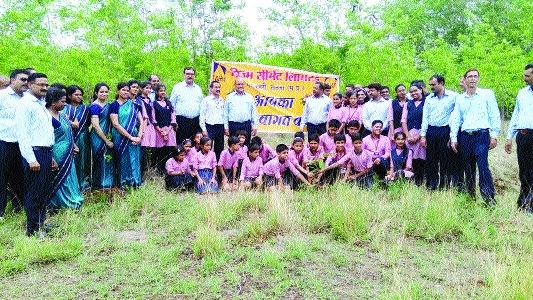 2000 saplings planted at Prism Cement