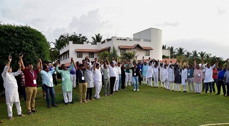 Cong parades 44 Gujarat MLAs, alleges BJP bid to poach them