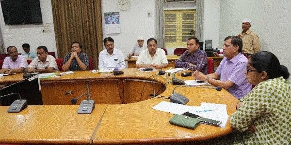 Aadhaar number must for appellants during Jansunwai: Collector Choudhary