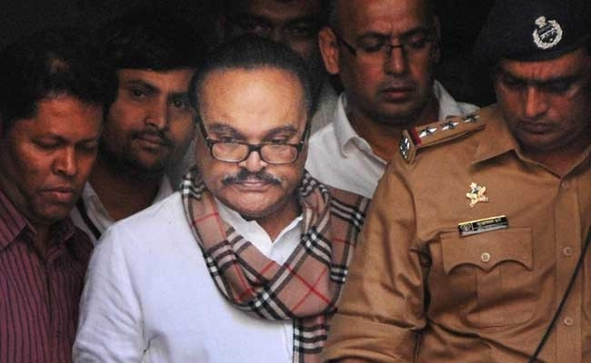 I-T attaches Rs 300 cr assets of Bhujbals