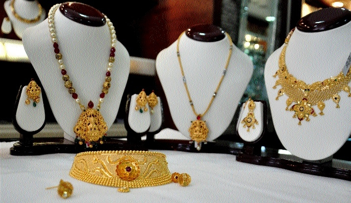 Gold price remains stable post GST