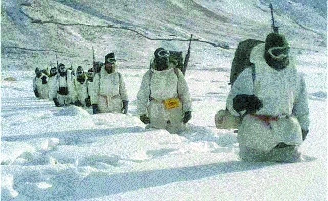 Armymen fighting in Siachen, Naxal areas to get more perks