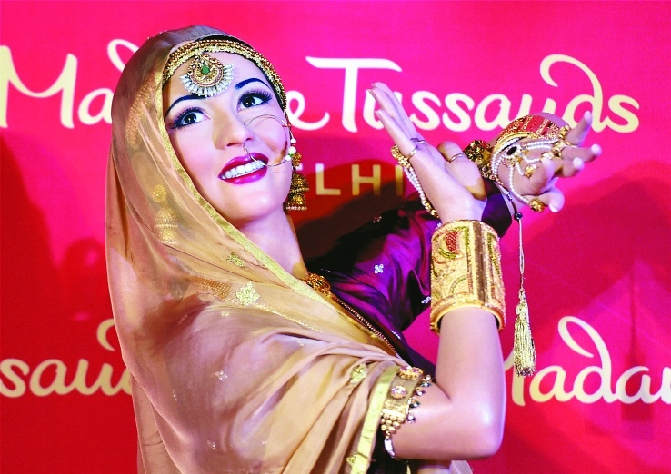 wax statue of legendary actress Madhubala at Madame.jpg